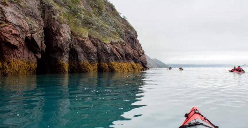 En kayac por Groenlandia
