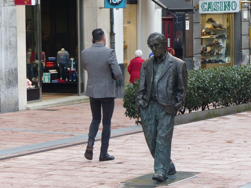 Escultura Woody Allen