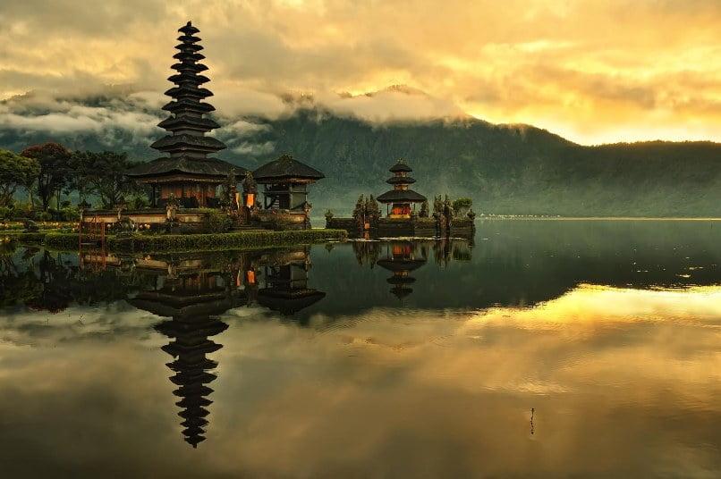 Indonesia. Años Luz