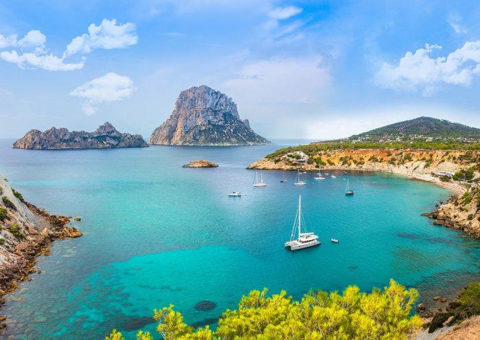 Catamarán en Ibiza