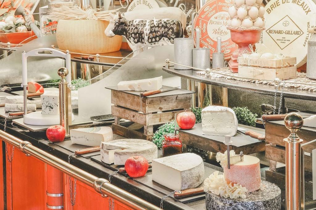 La Fromage, Les Grands Buffets - Narbona